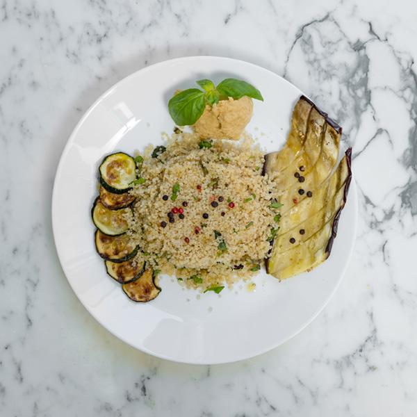 quinoa melanzane zucchine prezzemolo fresco menta ceci paprika